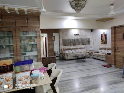 Gallery Cover Image of 1250 Sq.ft 3 BHK Apartment for buy in Thane West for 16000000