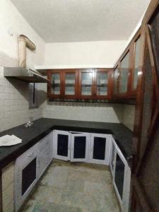 Gallery Cover Image of 1200 Sq.ft 2 BHK Apartment for rent in Hind Infra E 174 Kalkaji, Kalkaji for 32000