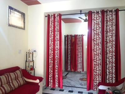 Gallery Cover Image of 885 Sq.ft 2 BHK Apartment for buy in Shastri Nagar for 3400000