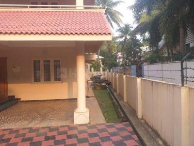 Gallery Cover Image of 3000 Sq.ft 4 BHK Independent House for buy in Kalmandapam for 13000000