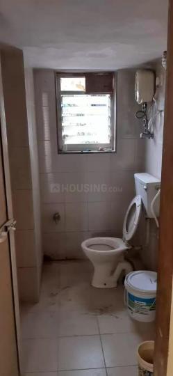 ठाणे वेस्ट में कॉर्पोरेट पीजी में कॉमन बाथरूम की तस्वीर