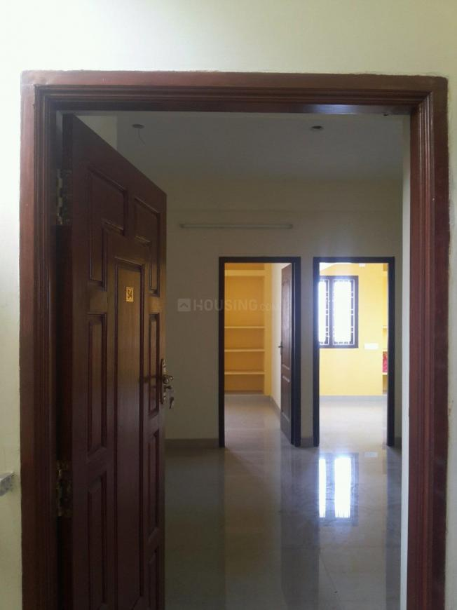 Main Entrance Image of 730 Sq.ft 2 BHK Apartment for rent in Selaiyur for 8000