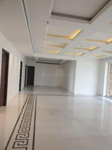 Gallery Cover Image of 6010 Sq.ft 5 BHK Apartment for buy in Gaursons Hi Tech Sports Wood, Sector 79 for 42500000