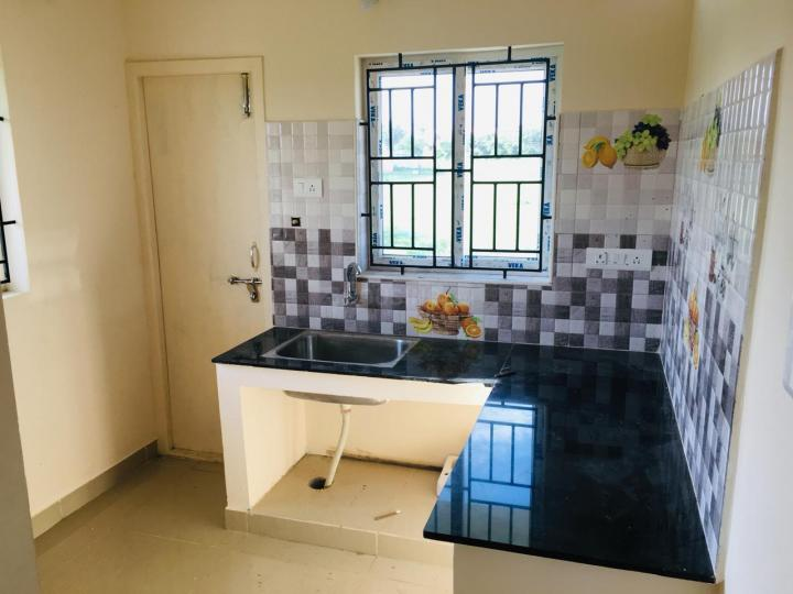 Kitchen Image of 700 Sq.ft 2 BHK Independent House for rent in Maraimalai Nagar for 10000