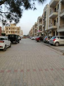 Gallery Cover Image of 990 Sq.ft 2 BHK Independent Floor for buy in Mubarakpur for 2400000