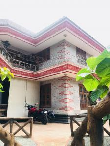 Gallery Cover Image of 3600 Sq.ft 4 BHK Independent House for buy in Mammiyoor for 26095000