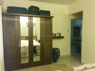 Gallery Cover Image of 950 Sq.ft 2 BHK Apartment for buy in Bandra West for 42500000