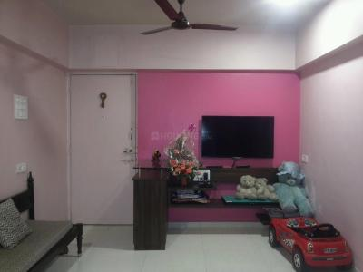 Gallery Cover Image of 1150 Sq.ft 2 BHK Apartment for buy in Dadar East for 16000000