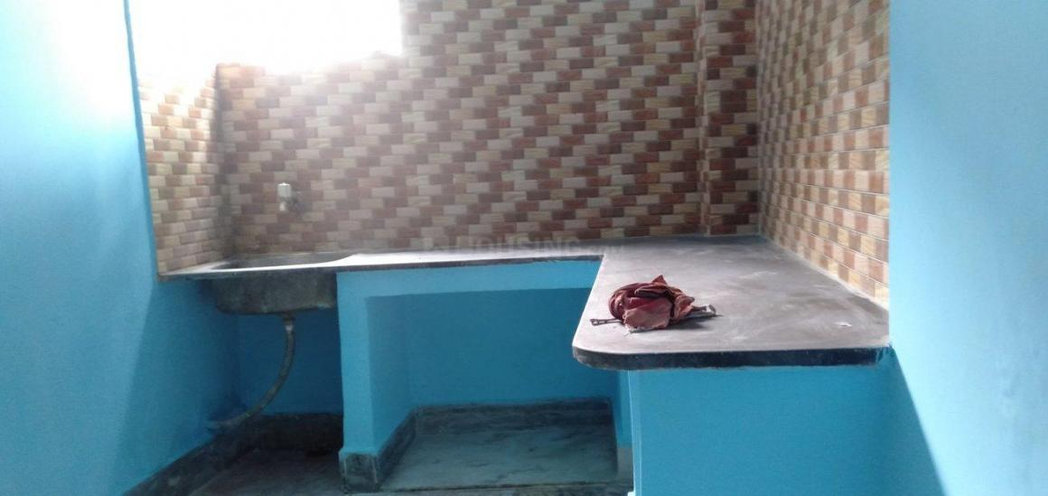 Kitchen Image of 1200 Sq.ft 3 BHK Independent House for rent in Golf Green for 15000