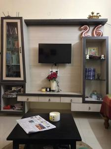 Gallery Cover Image of 1200 Sq.ft 2 BHK Independent House for rent in Indira Nagar for 20555