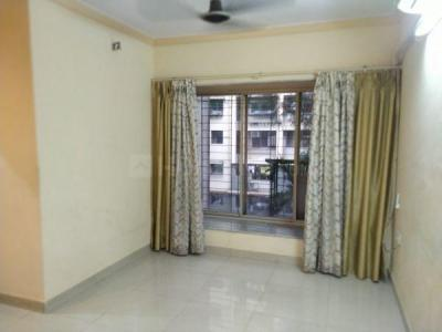 Gallery Cover Image of 600 Sq.ft 1 BHK Apartment for buy in Raheja Eastate, Borivali East for 11000000