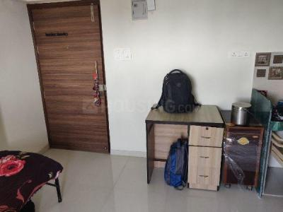 Gallery Cover Image of 180 Sq.ft 1 RK Apartment for rent in Conwood Palace Royale, Malad West for 14000