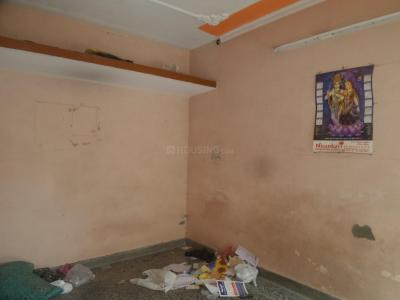 Gallery Cover Image of 270 Sq.ft 1 RK Apartment for rent in Janta Flat Badarpur Bodar, Badarpur for 5000
