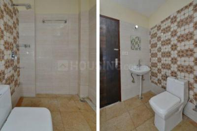 Bathroom Image of Oyo Life Grg1227 in Sector 52A