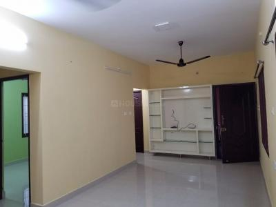Gallery Cover Image of 1200 Sq.ft 3 BHK Independent Floor for rent in Medavakkam for 13000