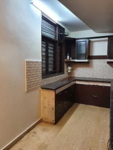Kitchen Image of 1000 Sq.ft 2 BHK Independent Floor for rent in Hari Nagar for 20000