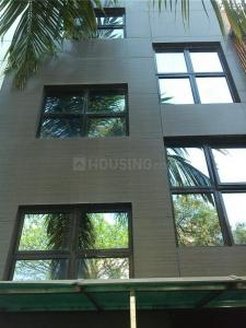 Gallery Cover Image of 5000 Sq.ft 10 BHK Independent House for buy in Borivali East for 125000000
