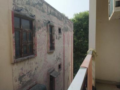 Balcony Image of Bajrang PG in Shakarpur Khas