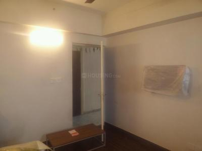 Gallery Cover Image of 450 Sq.ft 1 BHK Apartment for buy in Paras Tierea, Sector 137 for 2400000