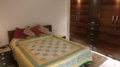 Gallery Cover Image of 652 Sq.ft 1 BHK Apartment for rent in Cuffe Parade for 70000