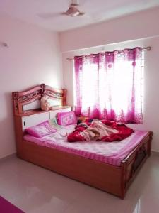 Gallery Cover Image of 900 Sq.ft 2 BHK Apartment for rent in Electronic City for 22000