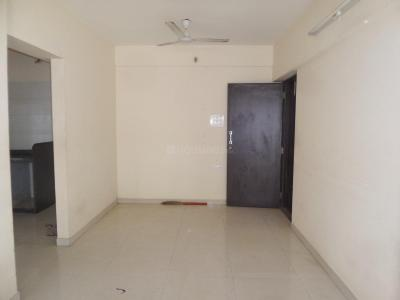 Gallery Cover Image of 950 Sq.ft 2 BHK Apartment for rent in Reliable Vasundhara CHS Ltd Phase II A and B Wing, Goregaon West for 32000