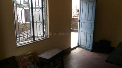 Gallery Cover Image of 600 Sq.ft 1 RK Independent Floor for rent in Tollygunge for 5000