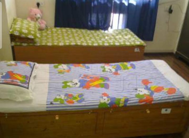 पीजी 4314048 गोरेगांव ईस्ट इन गोरेगांव ईस्ट के बेडरूम की तस्वीर