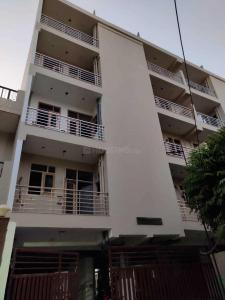 Gallery Cover Image of 1100 Sq.ft 2 BHK Apartment for buy in Sector 16 for 5800000