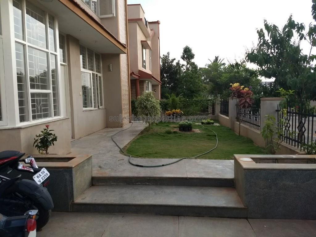 Building Image of 800 Sq.ft 3 BHK Independent House for buy in Jeevanbheemanagar for 25000500