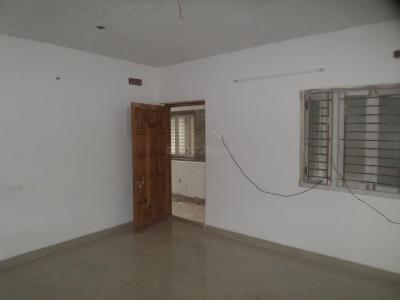 Gallery Cover Image of 900 Sq.ft 2 BHK Apartment for rent in Velachery for 16000