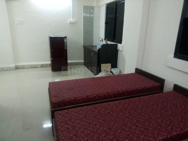 पवई में बॉइज़ एंड गर्ल्स पीजी के बेडरूम की तस्वीर