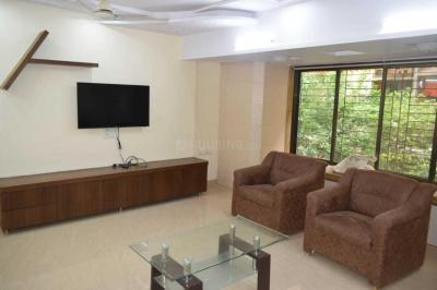 Gallery Cover Image of 1100 Sq.ft 2 BHK Apartment for rent in Mahaveer Tower, Worli for 70000