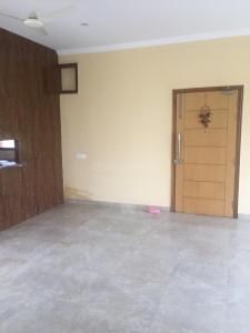 Gallery Cover Image of 1500 Sq.ft 3 BHK Apartment for rent in Sector 71 for 27000