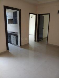Gallery Cover Image of 850 Sq.ft 2 BHK Apartment for rent in Mahagunpuram for 7500