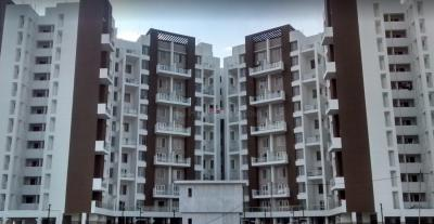 Gallery Cover Image of 1060 Sq.ft 2 BHK Apartment for rent in Lohegaon for 20000