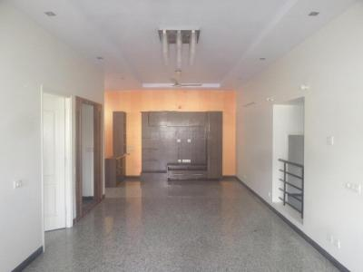 Gallery Cover Image of 1600 Sq.ft 3 BHK Apartment for rent in Sanjeevini Nagar for 25000
