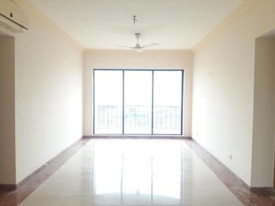 Gallery Cover Image of 1700 Sq.ft 3 BHK Apartment for rent in Andheri West for 120000