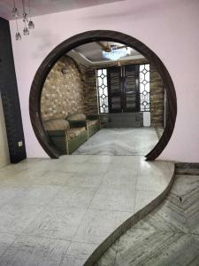 Gallery Cover Image of 1440 Sq.ft 3 BHK Independent Floor for buy in Mukherjee Nagar for 15700000