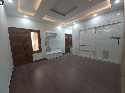 Gallery Cover Image of 1125 Sq.ft 3 BHK Independent Floor for buy in Pitampura for 17500000