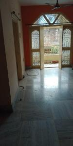 Gallery Cover Image of 1200 Sq.ft 3 BHK Apartment for rent in South Dum Dum for 15000