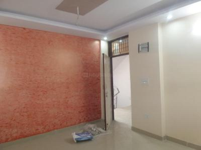 Gallery Cover Image of 650 Sq.ft 2 BHK Apartment for rent in Sector 3 Dwarka for 11000