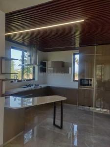 Gallery Cover Image of 1100 Sq.ft 3 BHK Apartment for rent in Thane West for 35000