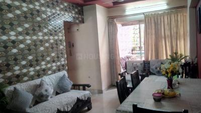 Gallery Cover Image of 1065 Sq.ft 3 BHK Apartment for buy in Kandivali West for 25500000