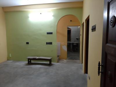 Gallery Cover Image of 850 Sq.ft 2 BHK Apartment for rent in Tollygunge for 12000