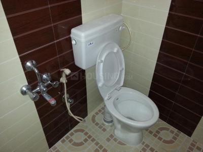 कुमारस्वामी लेआउट में इंसता रूम्स पीजी में बाथरूम की तस्वीर