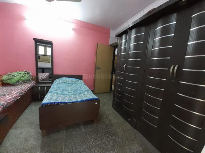 मलाड ईस्ट में गर्ल्स पीजी गोरेगांव ईस्ट के बेडरूम की तस्वीर