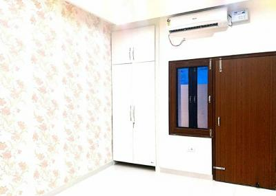 Gallery Cover Image of 650 Sq.ft 1 BHK Apartment for buy in Bishanpura for 1790000