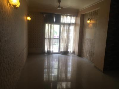 Gallery Cover Image of 1300 Sq.ft 3 BHK Independent Floor for rent in UTS Gyan Khand 1, Gyan Khand for 22000