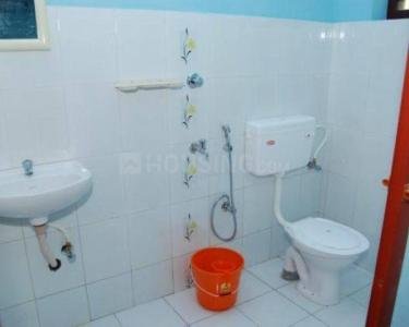 Bathroom Image of Fully Furnished Sharing Paying Guest In Prime Location Powai in Powai
